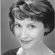 Elizabeth Argus Headshot